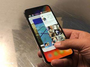 آیفون ۱۰ با نمایشگر LCD