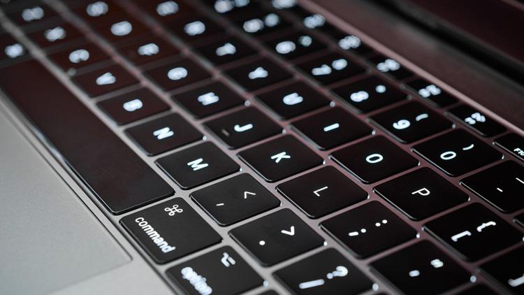 حل مشکل صفحه کلید اپل