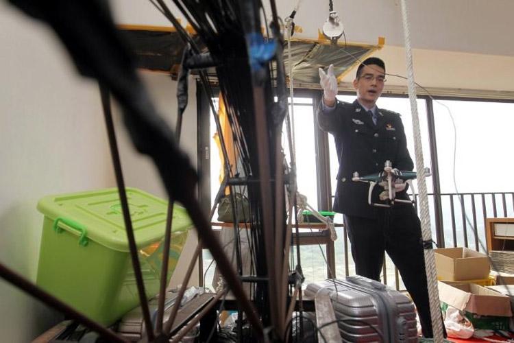 قاچاق آیفون بین چین و هنگ کنگ