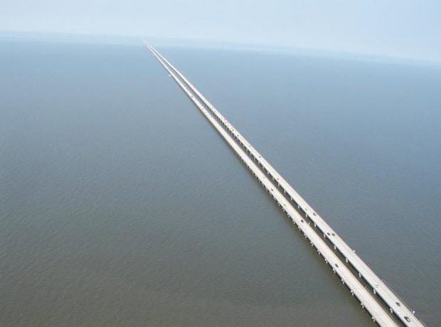پل مانچاک در آمریکا