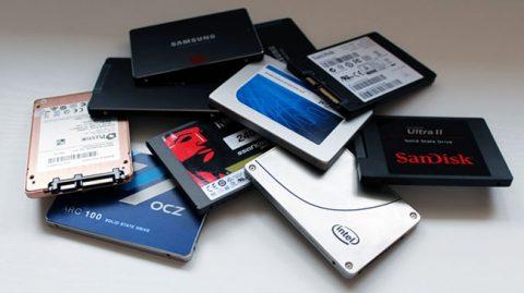 چرا با گذر زمان SSD کند می شود؟